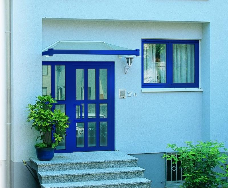 Grandes puertas correderas ibarra ventanas for Puertas grandes de madera